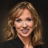 Photo of Lisa M. Prostrollo